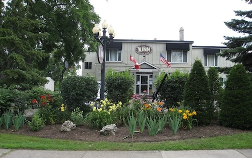 The Inn at Lock Seven