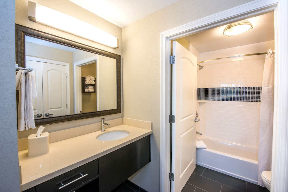 Room, Staybridge Suites Albany Wolf Rd-Colonie Center
