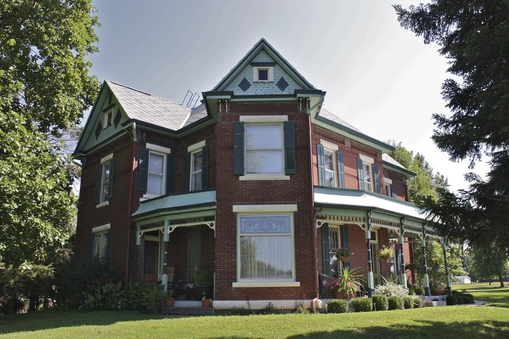Featured Image, Nauvoo Grand Bed & Breakfast