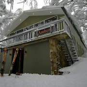 Amber Lodge Mt Buller - Hostel