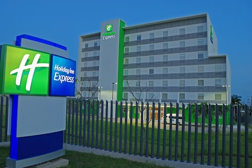 Holiday Inn Express Managua, an IHG Hotel