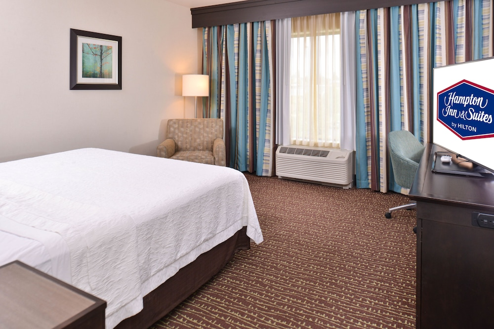 Room, Hampton Inn & Suites Bend