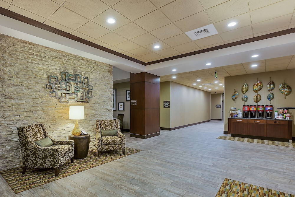 Reception, Hampton Inn & Suites Bend