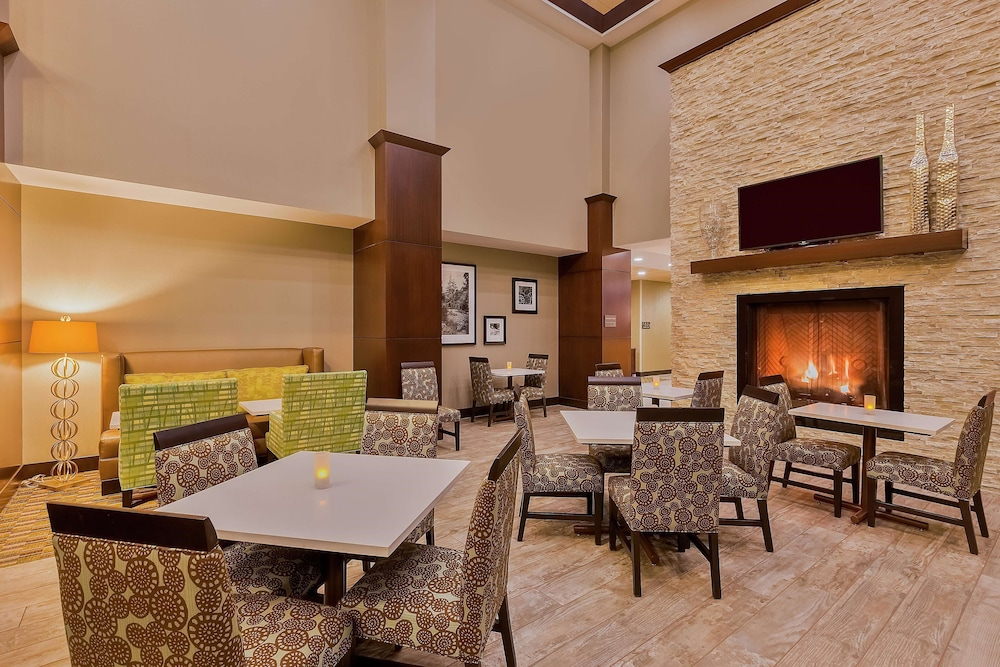 Restaurant, Hampton Inn & Suites Bend
