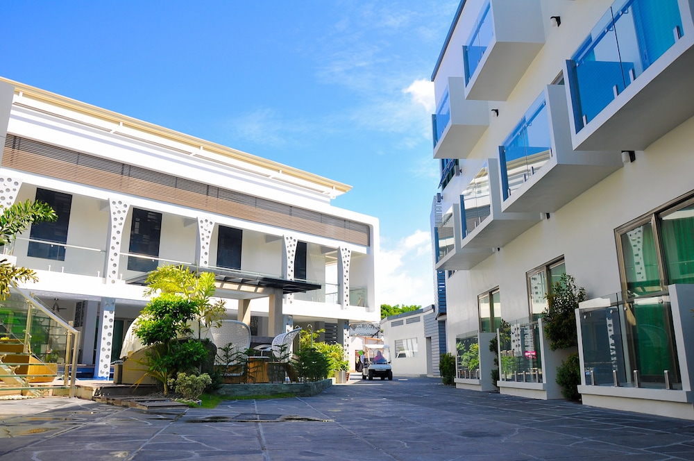 Property Grounds, Eloisa Royal Suites