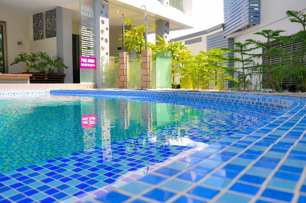 Outdoor Pool, Eloisa Royal Suites