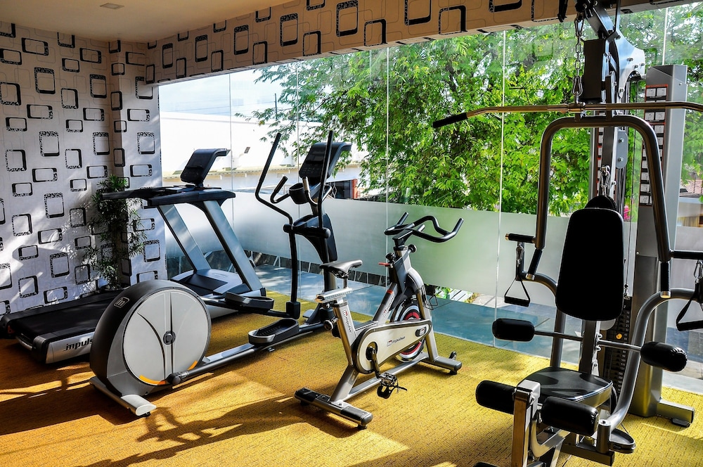 Gym, Eloisa Royal Suites