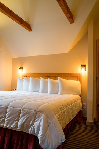 Great Place to stay Appenzell Inn near Estes Park