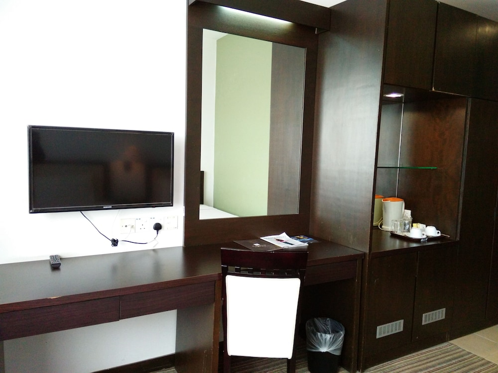 Hotel Seri Malaysia Kepala Batas In Kepala Batas Hotel Rates