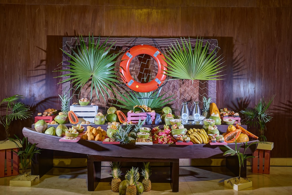 Banquet Hall, Royalton Riviera Cancun Resort & Spa - All Inclusive