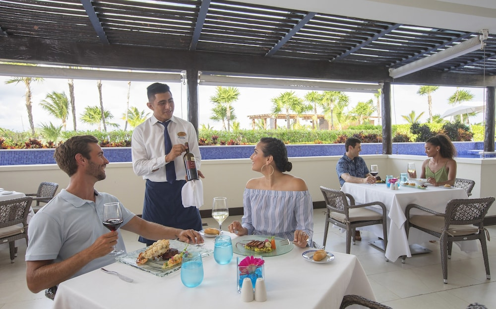 Restaurant, Royalton Riviera Cancun Resort & Spa - All Inclusive