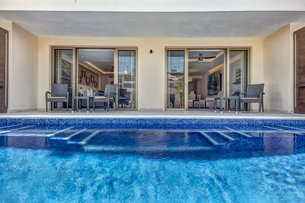Private Pool, Royalton Riviera Cancun Resort & Spa - All Inclusive