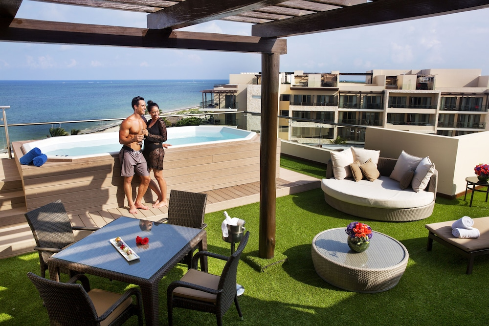 Rooftop Pool, Royalton Riviera Cancun Resort & Spa - All Inclusive