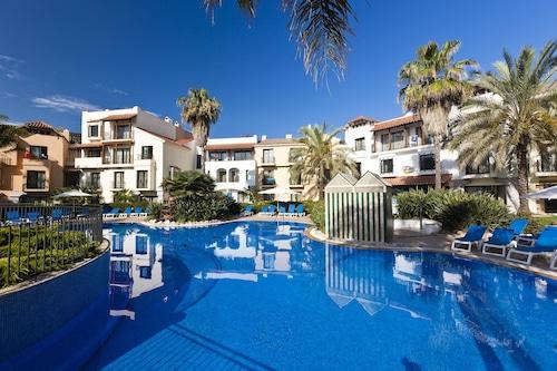 Salou holidays 2020 deals on salou short breaks expedia - Hotel roulette port aventura ...