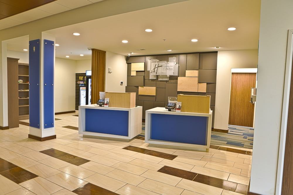 Lobby, Holiday Inn Express & Suites Monroe, an IHG Hotel