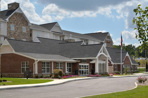 Great Place to stay Residence Inn by Marriott Akron Fairlawn near Akron