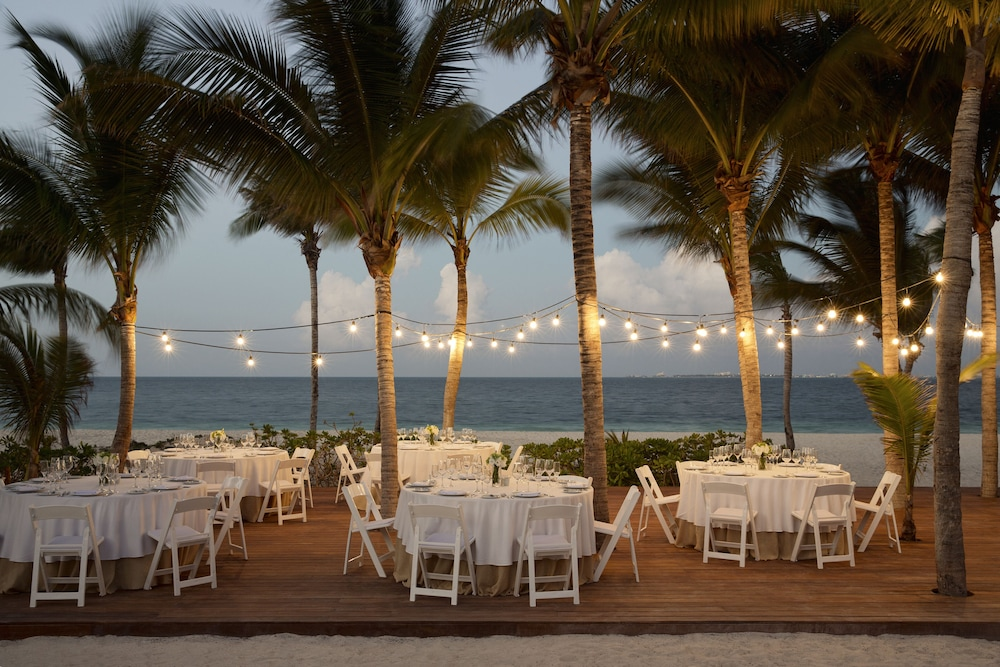 Outdoor Banquet Area, Finest Playa Mujeres by The Excellence Collection  All inclusive