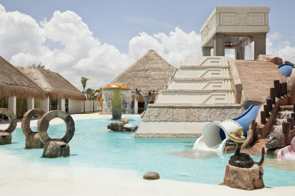 Waterslide, Finest Playa Mujeres by The Excellence Collection  All inclusive
