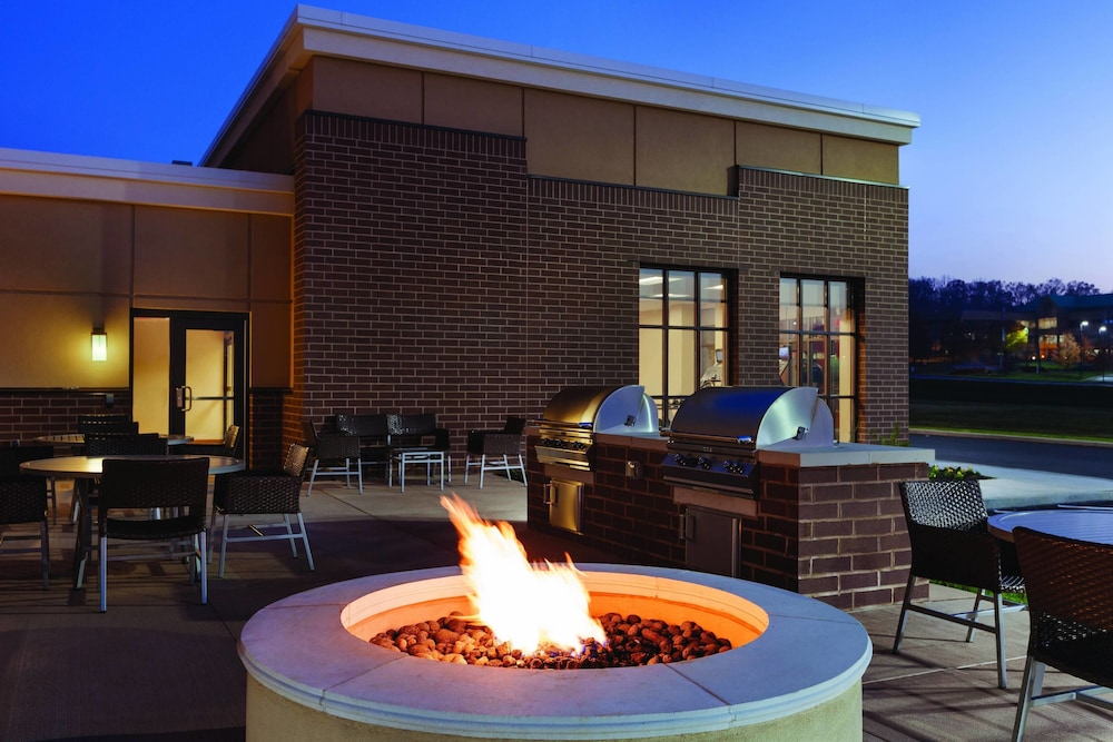 Exterior, Towneplace Suites by Marriott Harrisburg West/Mechanicsburg