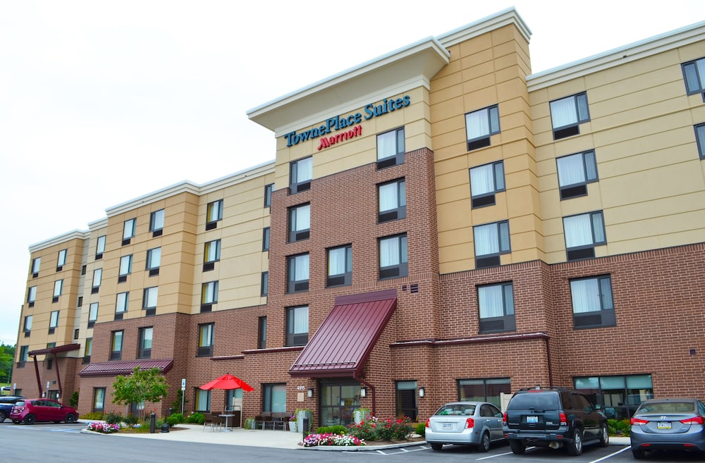 Property Entrance, Towneplace Suites by Marriott Harrisburg West/Mechanicsburg