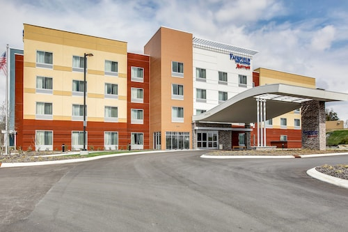 Check Expedia for Availability of Fairfield Inn & Suites Columbia