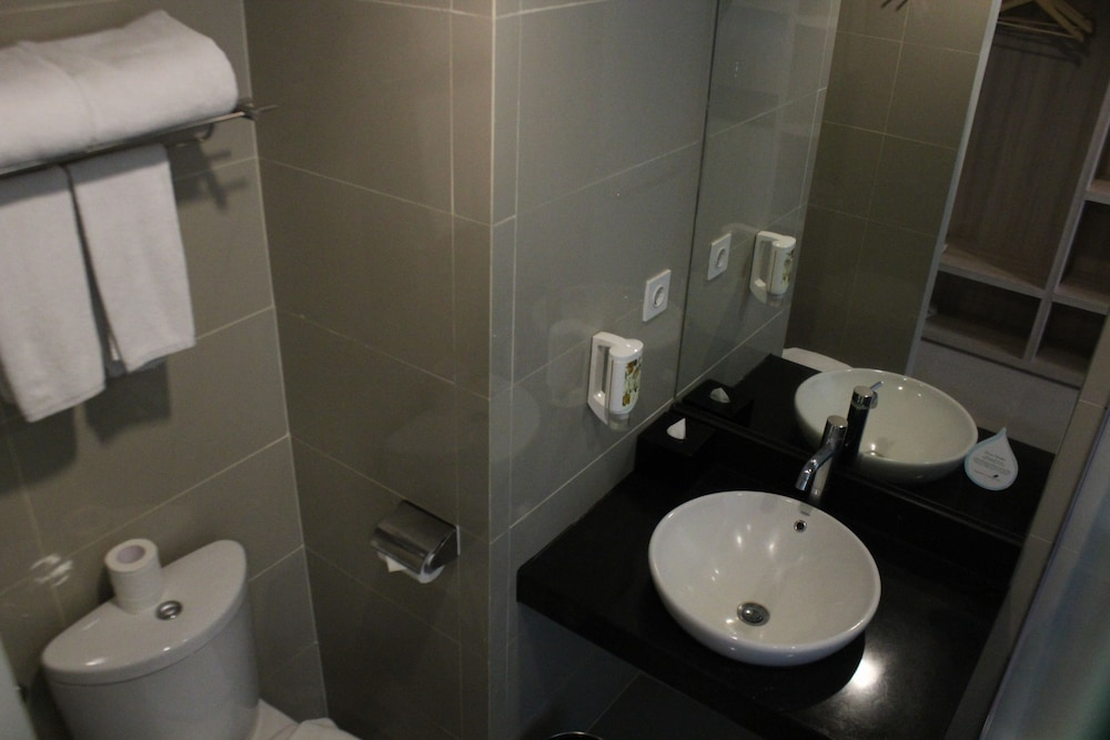 Bathroom, Citadines Kuta Beach Bali