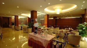 Lunch and dinner served, Chinese cuisine