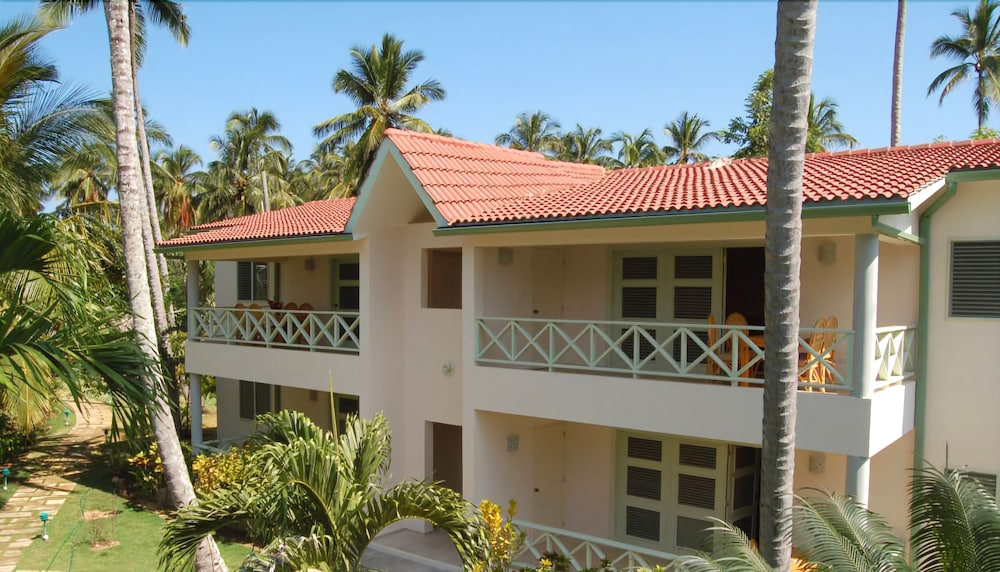 Featured Image, Oasis Hotel Las Terrenas