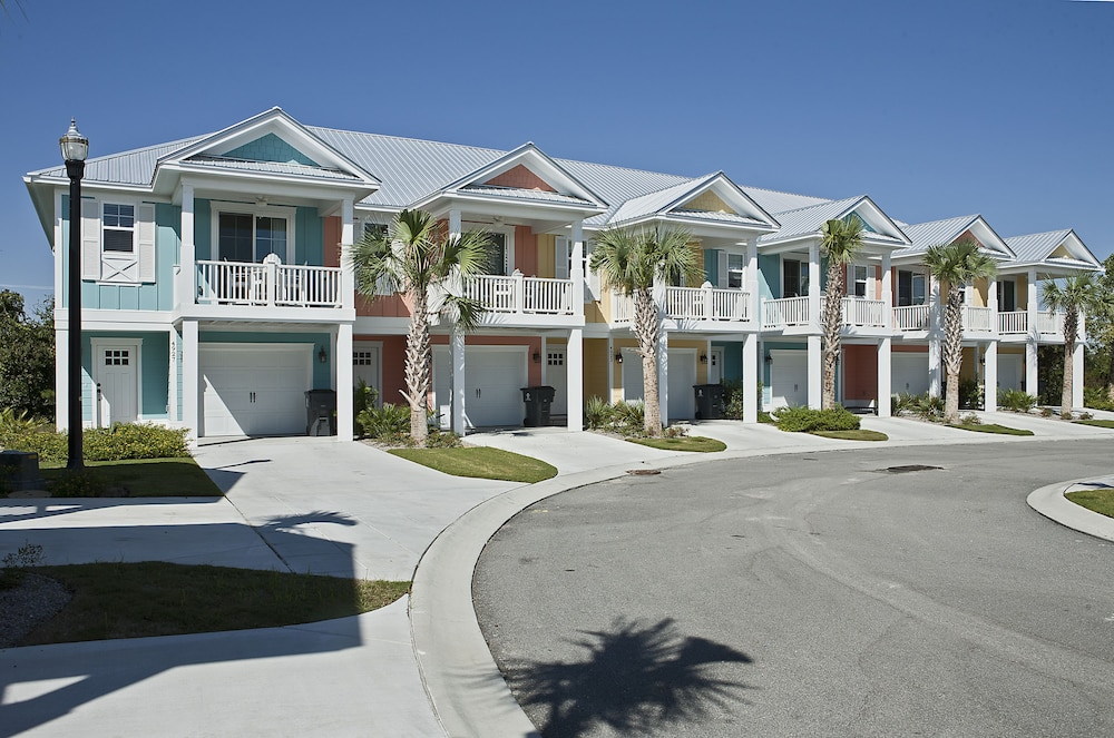 The cottages at north beach plantation in myrtle beach hotel rates reviews on orbitz for North beach plantation 5 bedroom