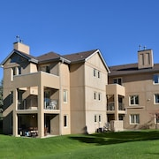 The Lodges at Blue Mountain - Mountain Walk Condos