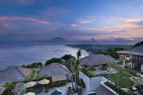 Batu Karang Lembongan Resort & Spa