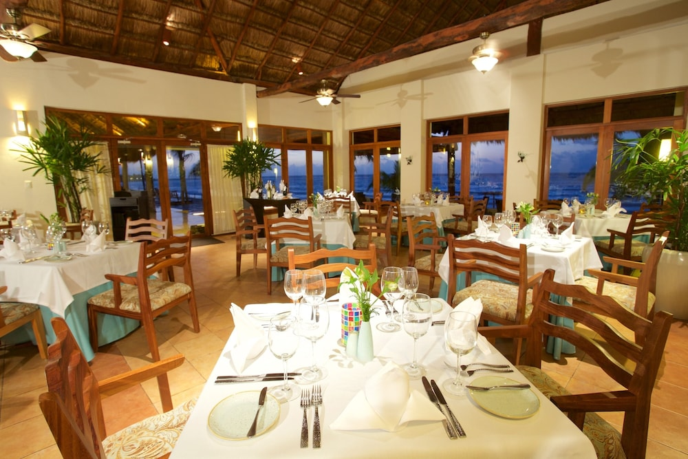 Restaurant, Akumal Bay Beach & Wellness Resort - All Inclusive