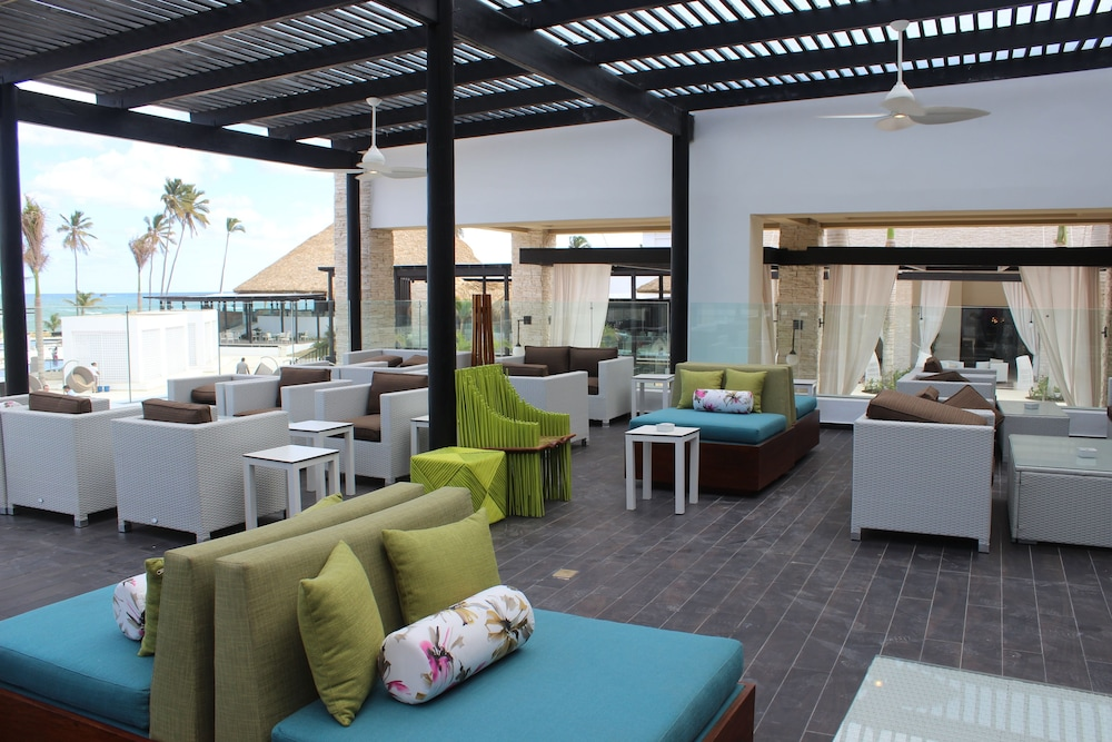 Terrace/Patio, Royalton CHIC Punta Cana Resort & Spa - Adults Only - All Inclusive