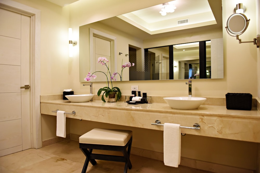 Bathroom, Royalton CHIC Punta Cana Resort & Spa - Adults Only - All Inclusive