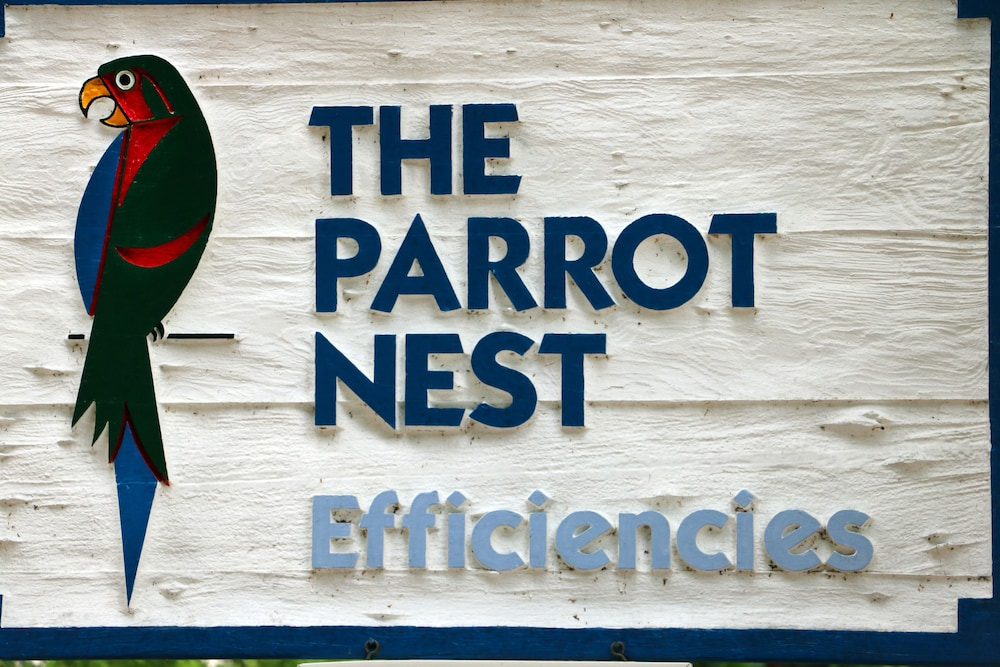 The Parrot Nest Deals & Reviews (Fort Myers, USA) | Wotif