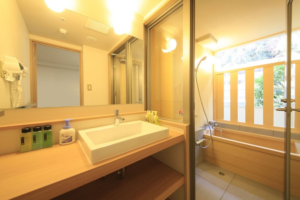 Bathroom, Hakone Pax Yoshino