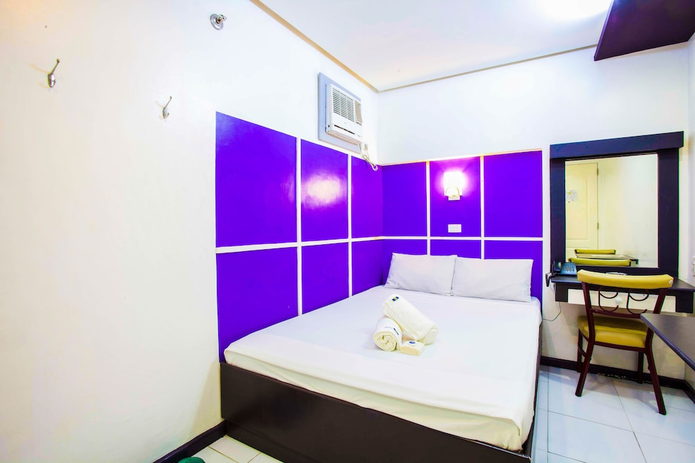 Hotel 99 Cubao - Reviews, Photos & Rates - ebookers com