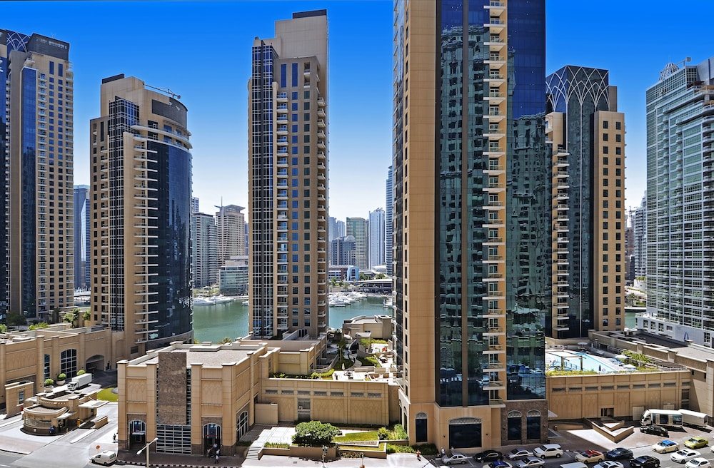 Book roda amwaj suites dubai hotel deals for Dubai hotels offers