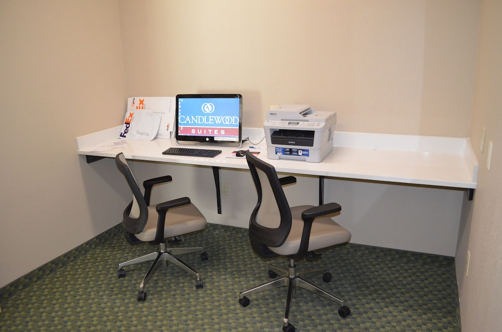 Business Center, Candlewood Suites Harlingen