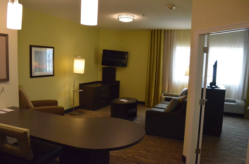 Room, Candlewood Suites Harlingen