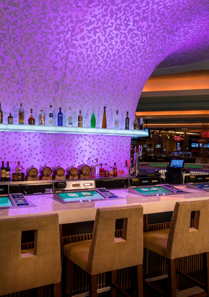 Bar, The LINQ Hotel + Experience