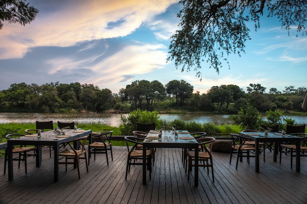 Terrace/Patio, Simbavati River Lodge
