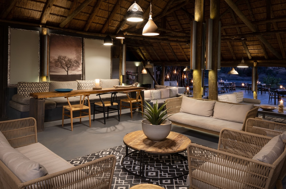 Lounge, Simbavati River Lodge