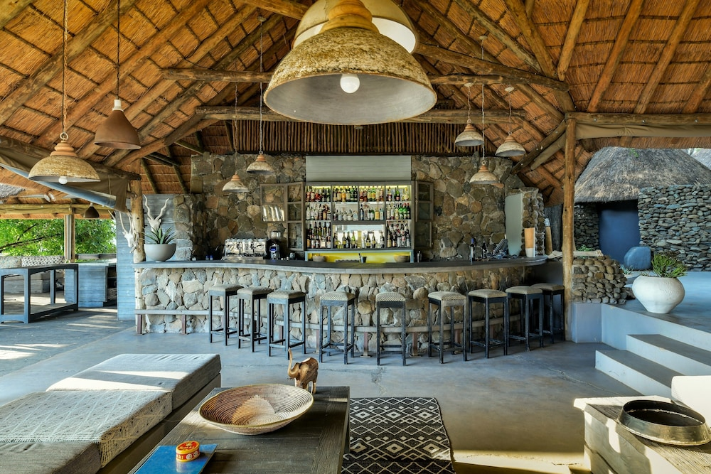 Bar, Simbavati River Lodge