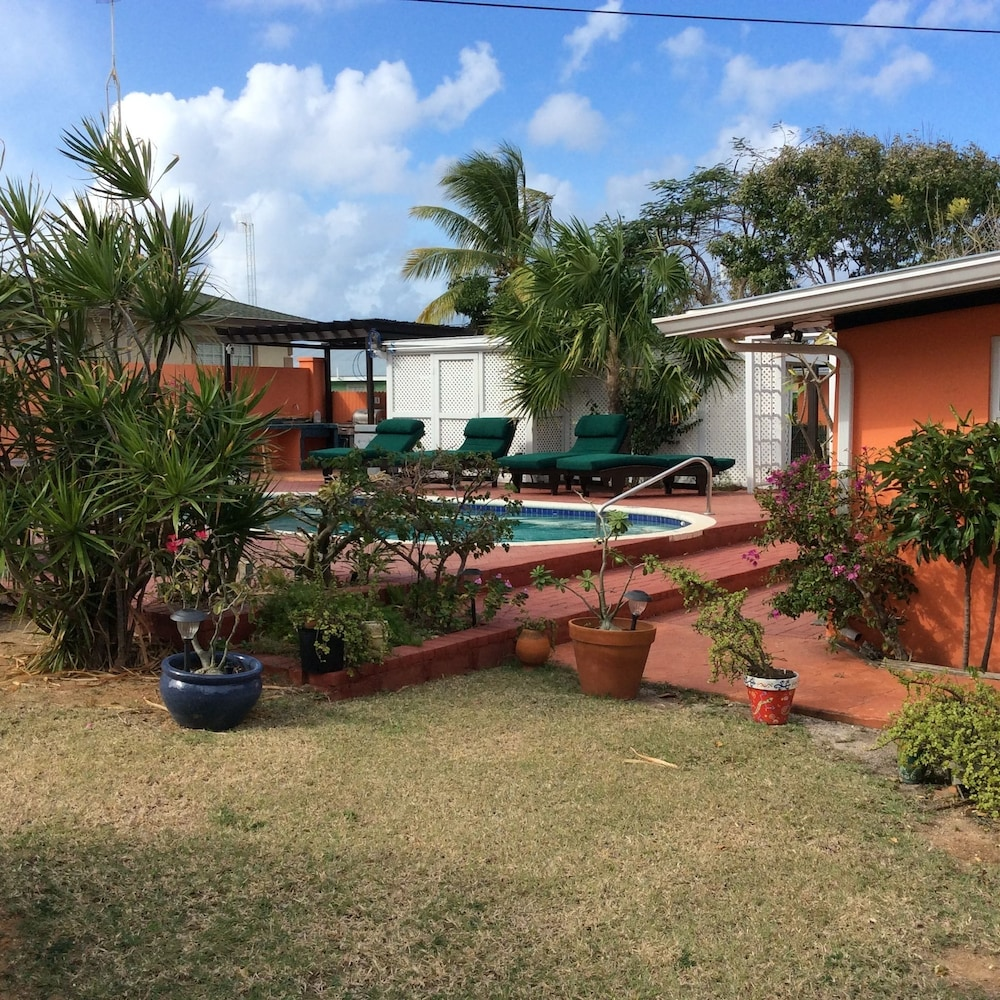 la cazetta guest house and cottages in grand cayman hotel rates