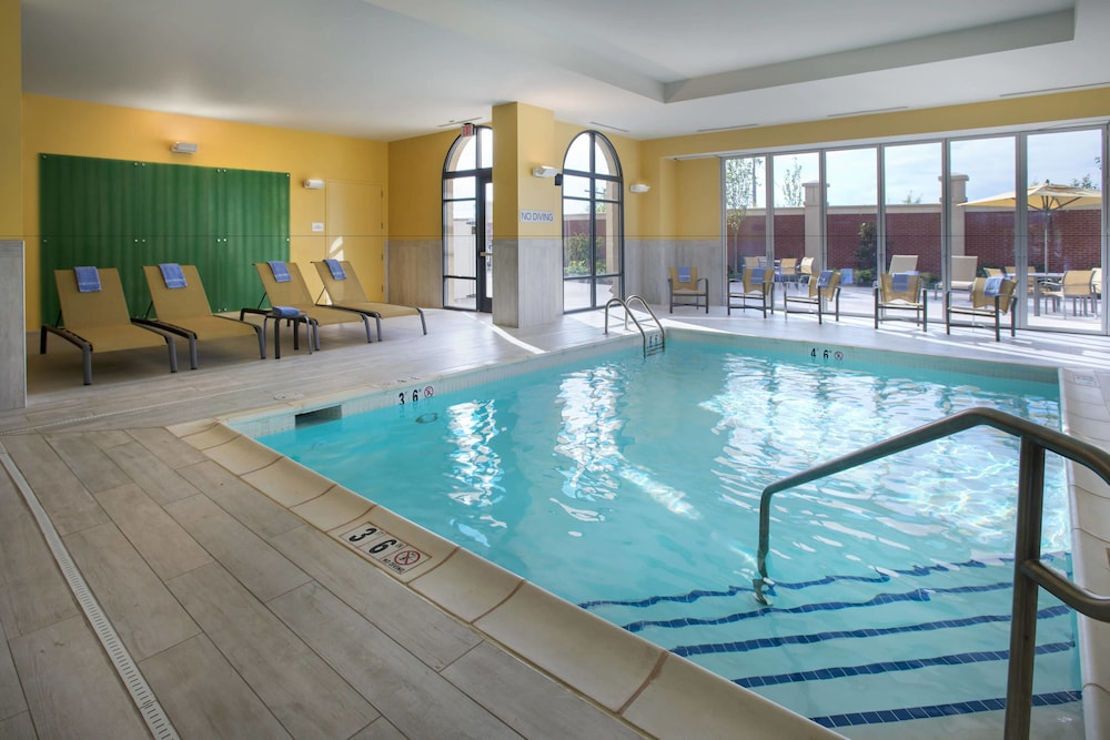Indoor Pool, Courtyard by Marriott Philadelphia Lansdale