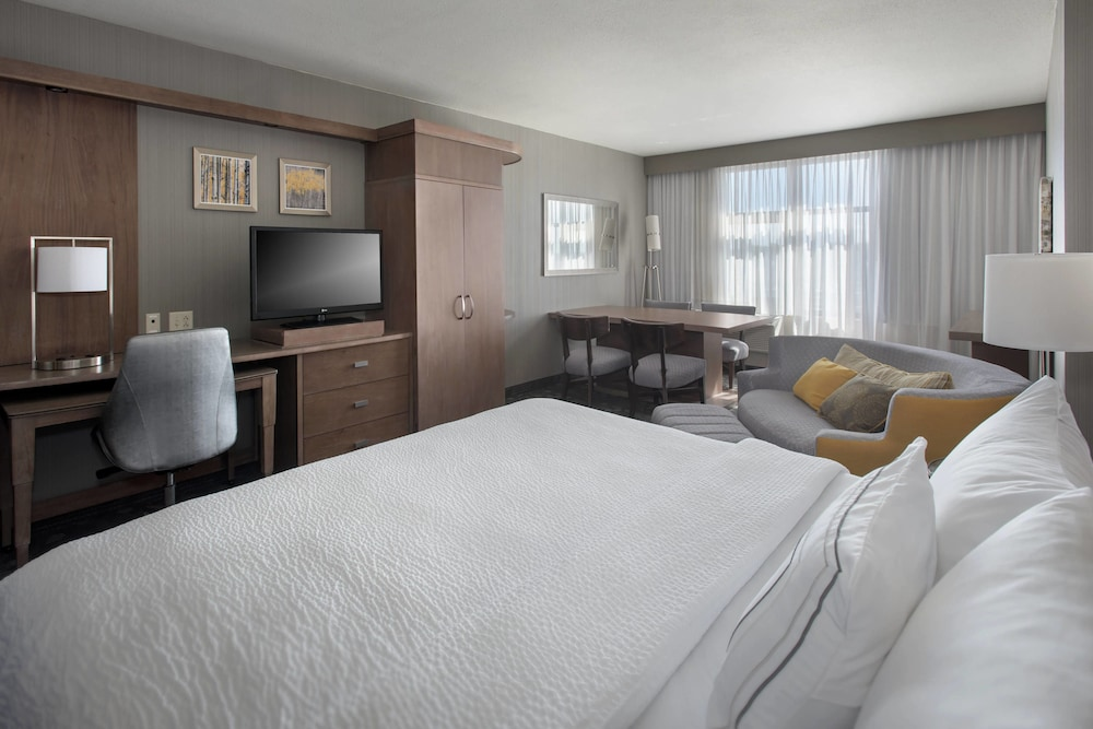 Room, Courtyard by Marriott Philadelphia Lansdale