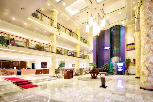 Elilly International Hotel