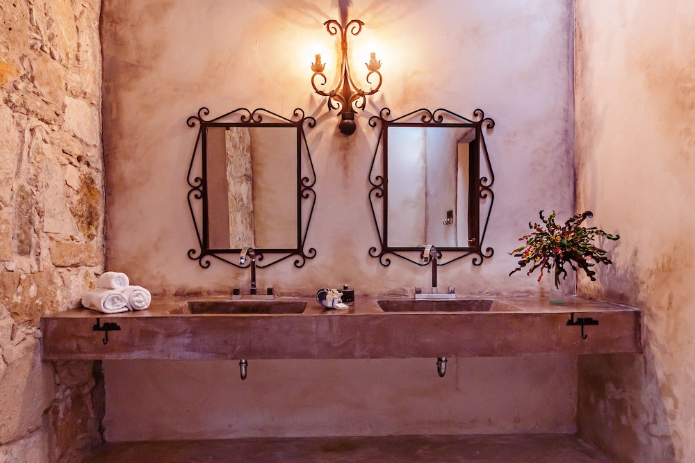 Bathroom Sink, Hacienda Sacnicte