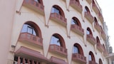 Mango Hotels, Nagpur - Central Avenue Road - Nagpur Hotels
